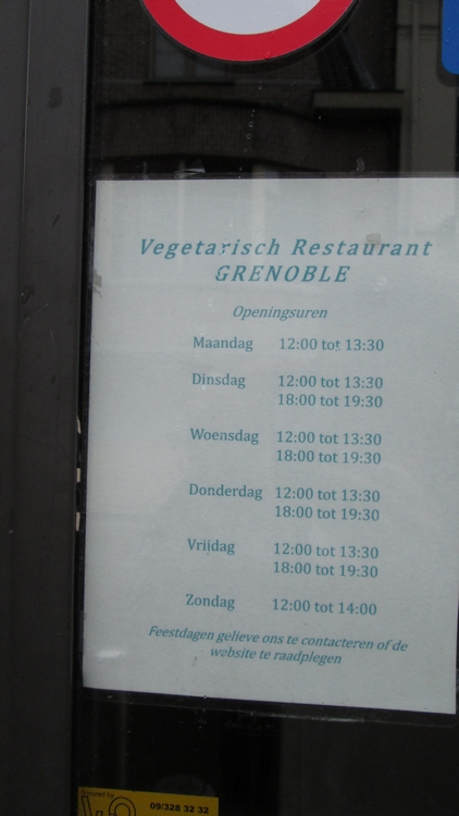 vegetarian restaurant Grenoble, opening hours