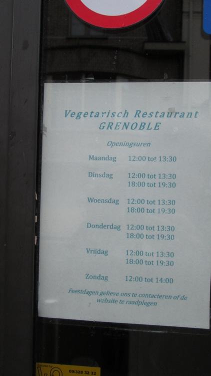 vegetarian restaurant Grenoble, opening hours