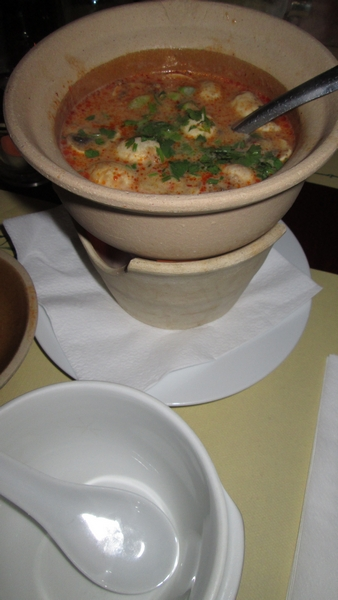 soup with mushrooms, lemonjuice and chili, 6,50€