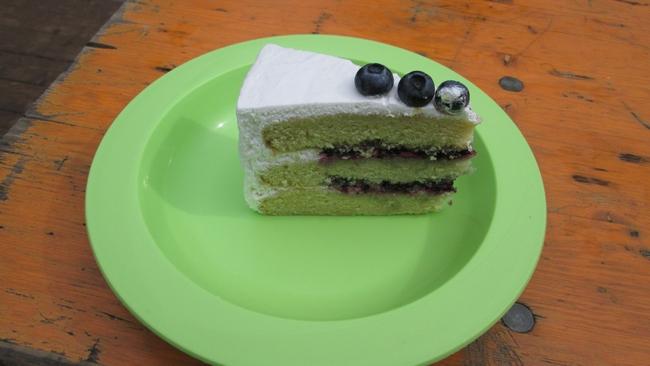 Blueberry Vanilla cake, 3€ (+1€ plate) Dolce Sophia