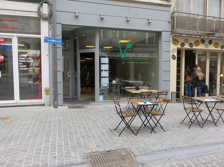 Vegaverso, Leuven