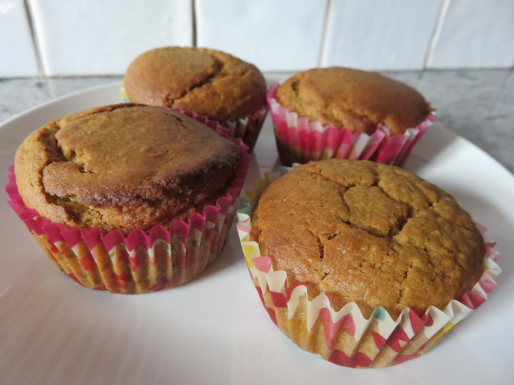Frangipanemuffins with coconut sugar