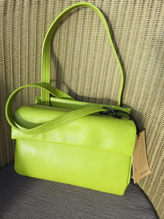 Matt & Nat handbag Blinkin Citrus, 102€
