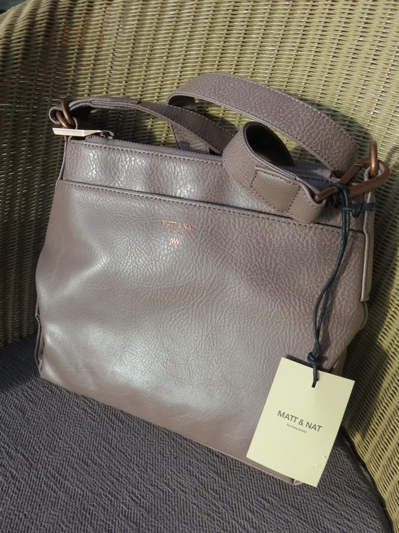 Matt & Nat handbag Jorja Blush, 108€ at discount price: 90€