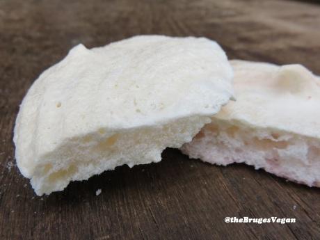 fluffy vegan meringues
