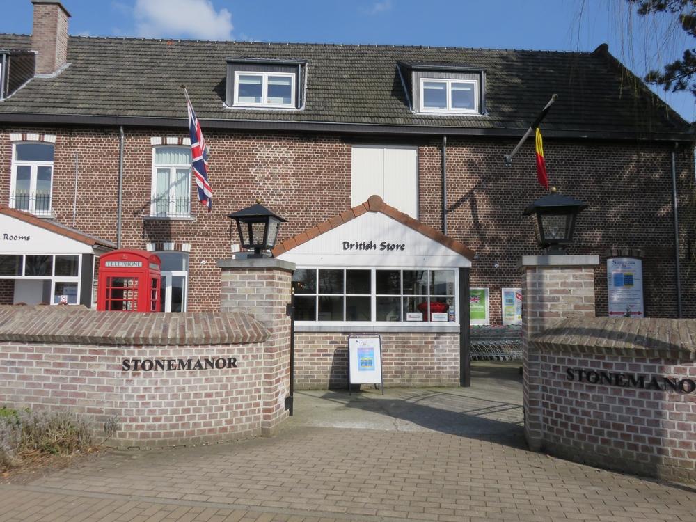 British Store Stonemanor, Everberg