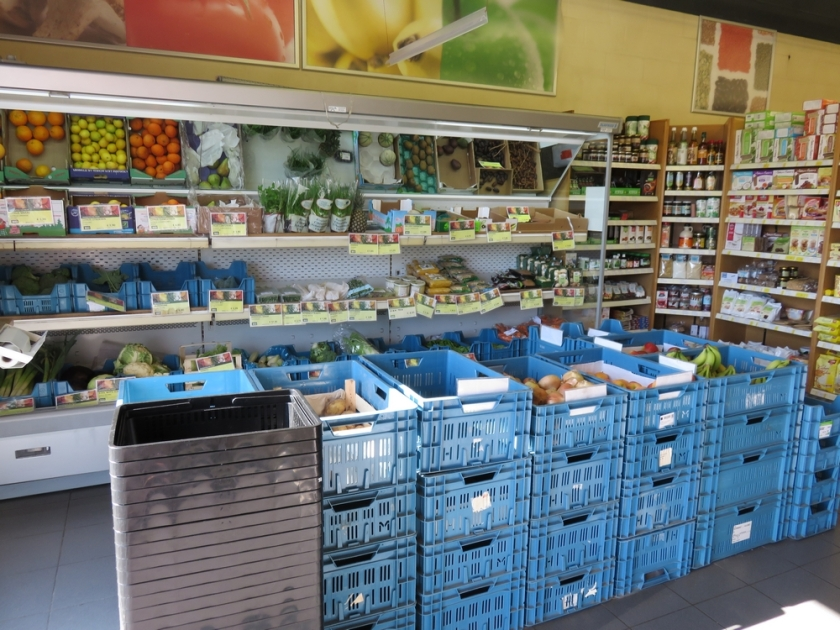 fresh vegetables and fruits, Biomarkt, Kortrijk