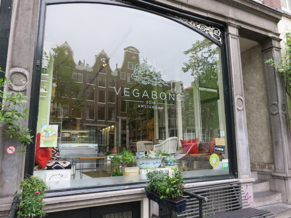 vegan shop Vegabond at the Leliegracht in Amsterdam