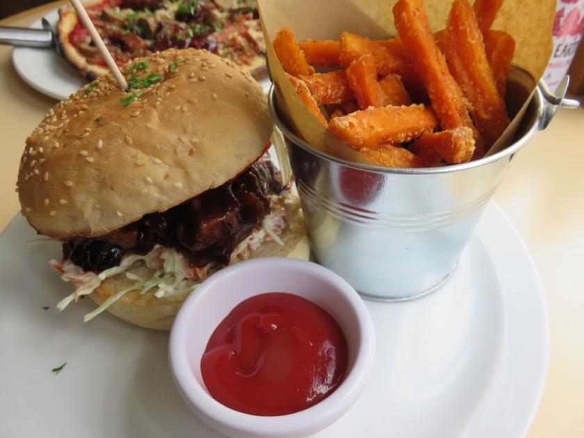 Hickory Chick Burger, VBites, Brighton