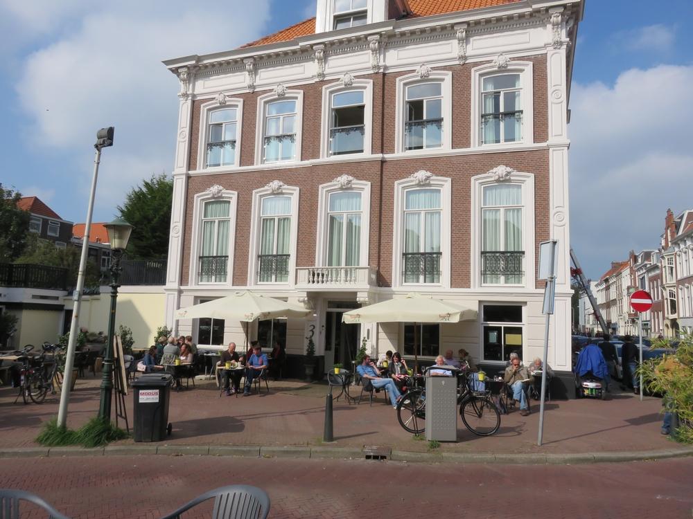 Restaurant Hortus at Anna Pauw square
