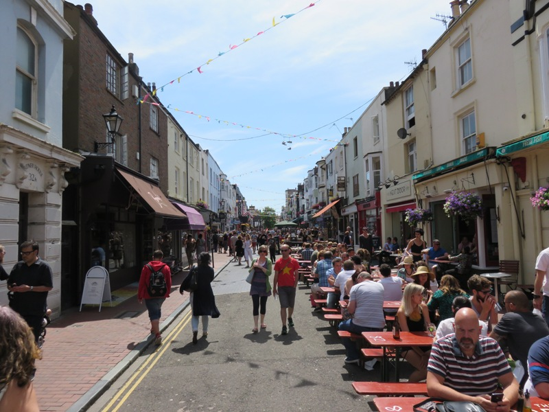 Great relaxed atmosphere in the shopping streets, made into a pedestrian zone, Brighton, UK