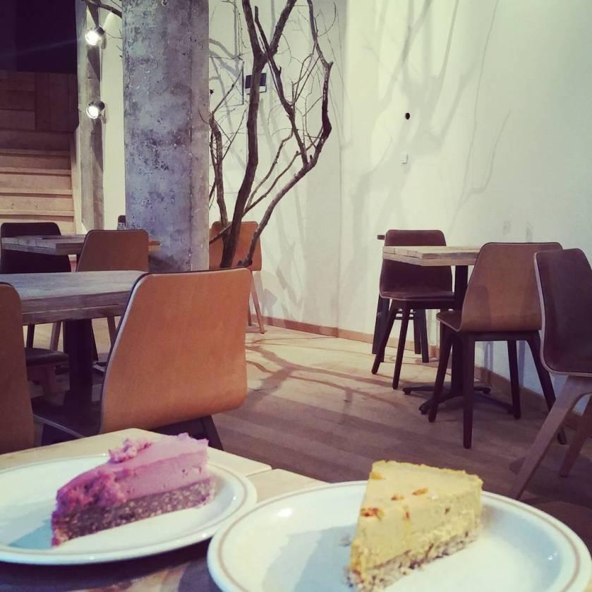 vegan desserts at Moonfood, Brussels
