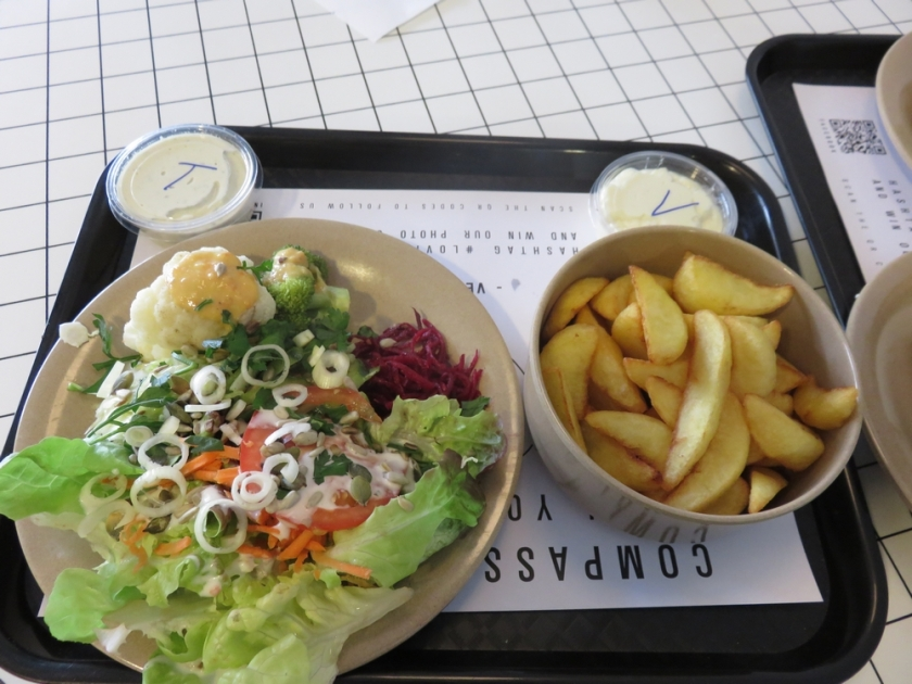 small salad, 6,50€ and potato wedges 3,50€ sauce 0,80€ each