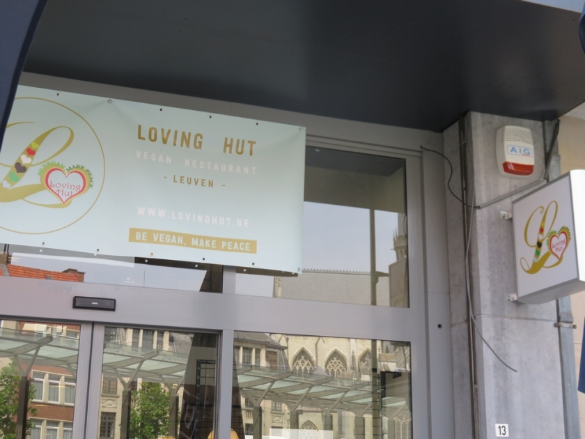 'Loving Hut Veganerie, Louvain, outside