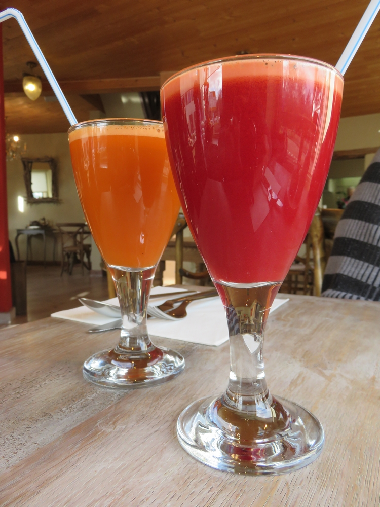 Fresh juice: carrot and beet