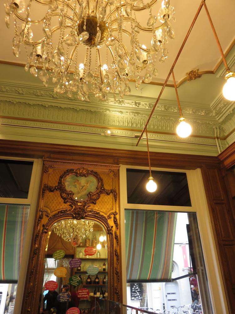 Le Botaniste, Ghent, interior