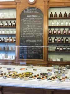 Le Botaniste, menu, counter