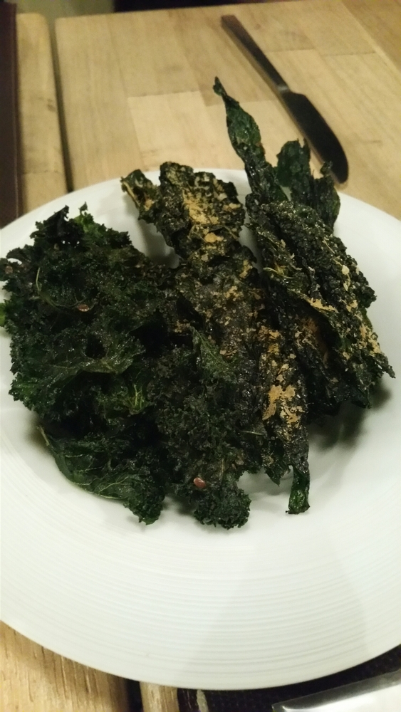 kale chips with spirulina 9€