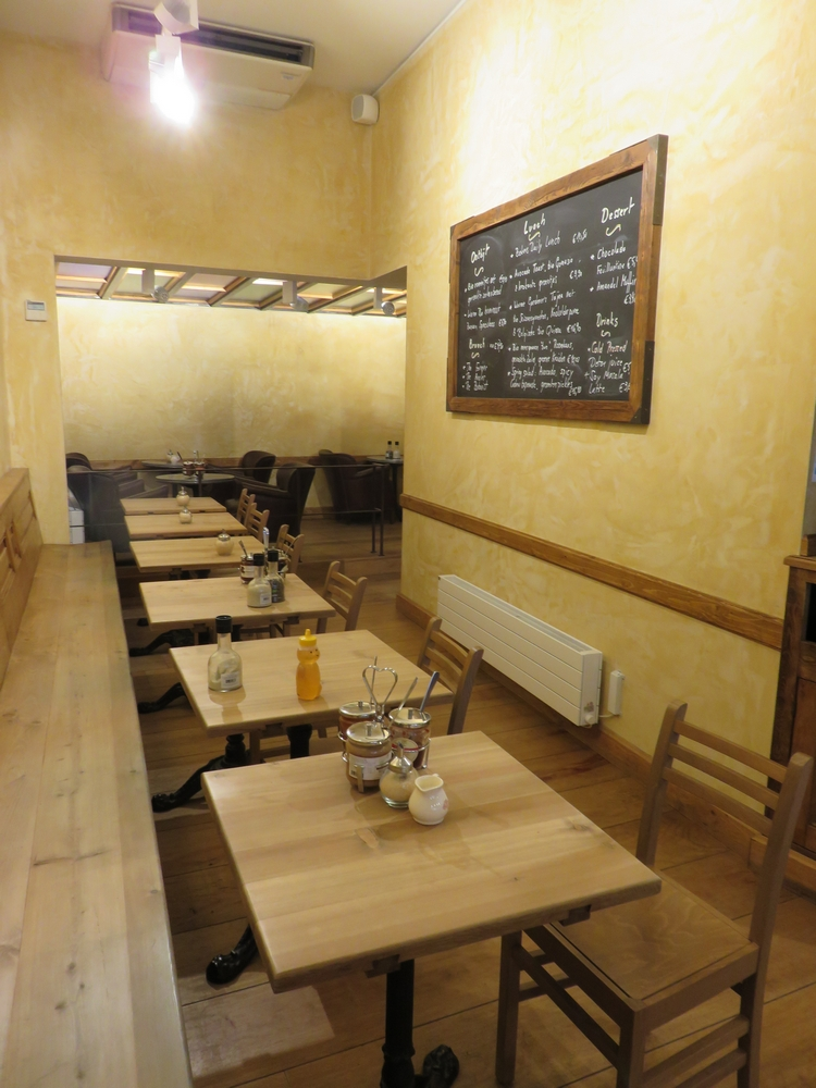 Le pain Quotidien Louvain, interior