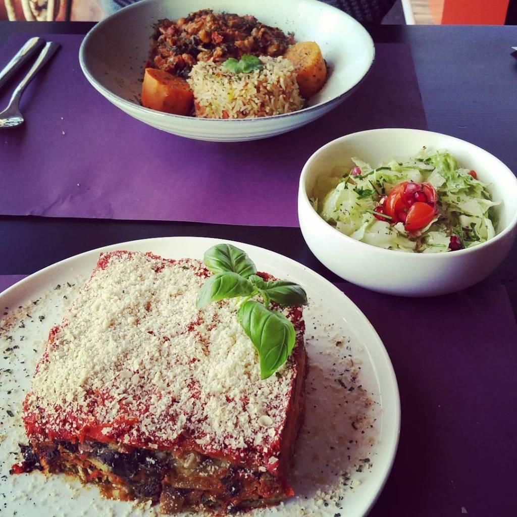 Markies de Salade, main dishes