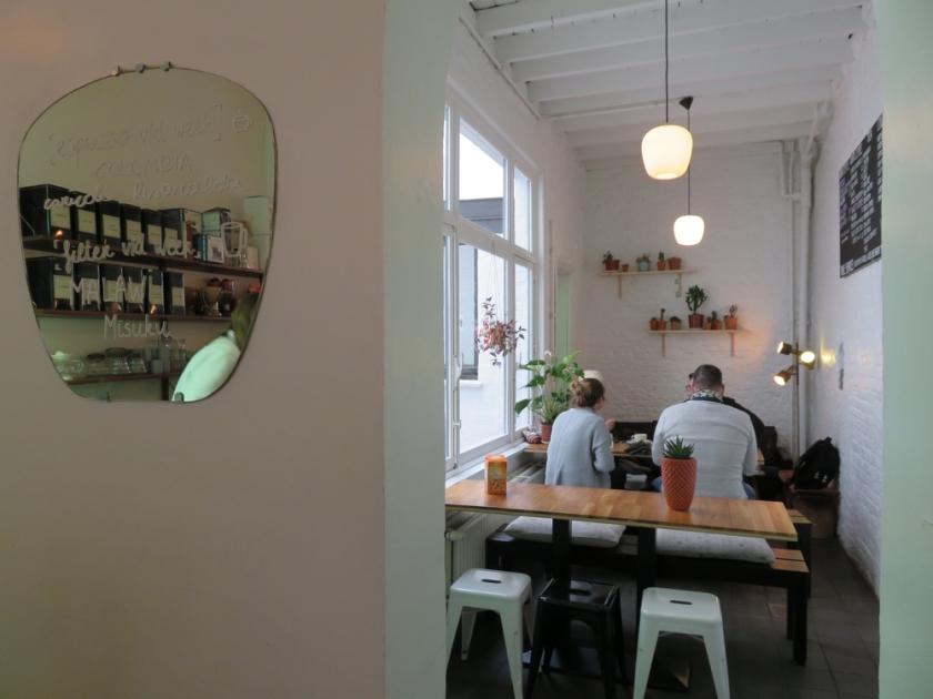 seatings in the back, vero Caffè, Bruges