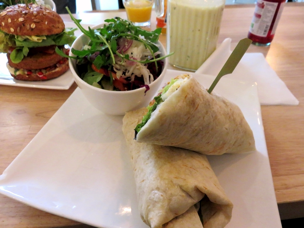 kebab wrap with lettuce (11,80€)