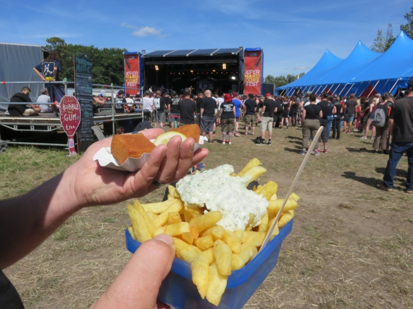 Fries from the Frietketel and 'cheese' croquettes from SHAVT