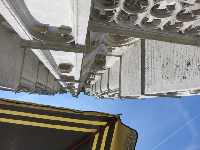 Looking up at the cathedral tower from underneath the parasol ...