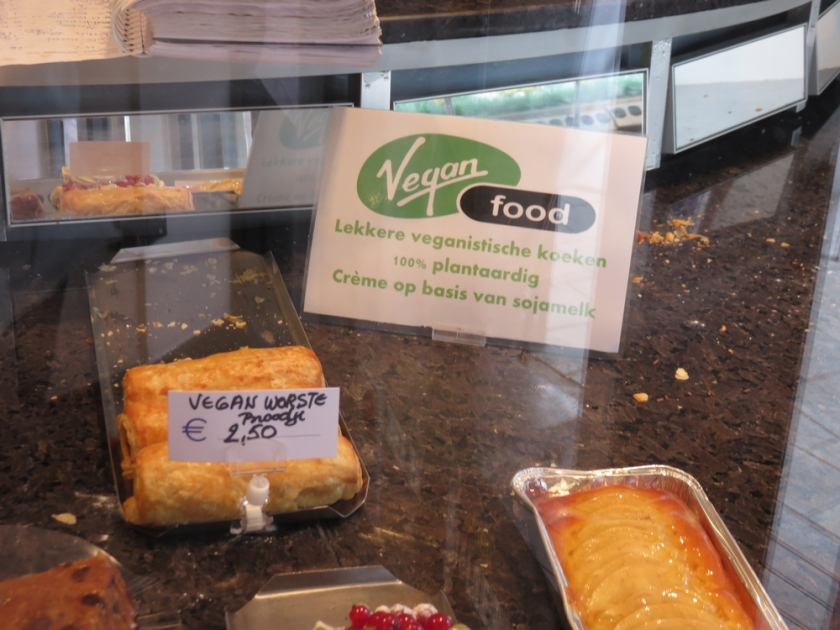 vegan sausage bread, Bakery Frimout, Ghent