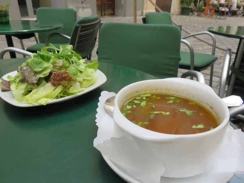 Soup + salad, Biobar von Antun
