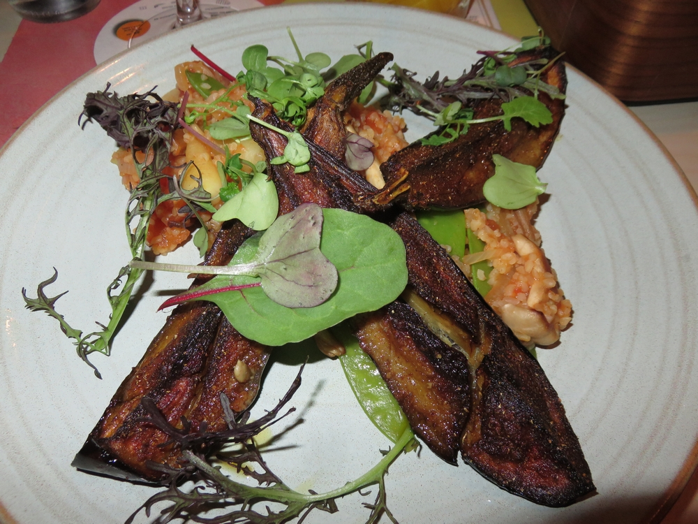 Main dish, eggplant De republiek
