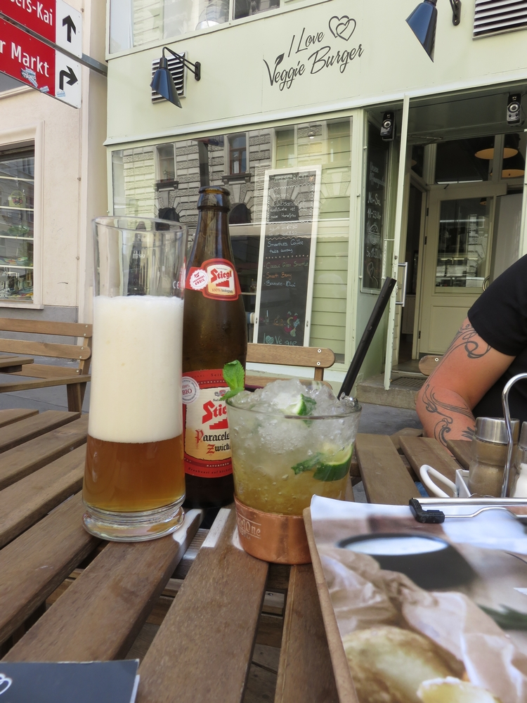 Drinks, virgin Mojito and beer