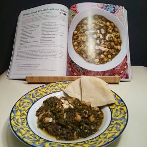 Yummie! Chickpea spinach stew with lentils and quinoa. From @veganricha 's Indian kitchen. 🌿🌾🌿🌾🌿🌾🌿🌾