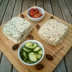 omemade vegan 'cheeses' 😄👌👌 Boursin and sundried tomatoes and basil (the tomatoes are actually homedried in the dehydrator 😁) Recipes from #artisanvegancheese from #miyokoschinner