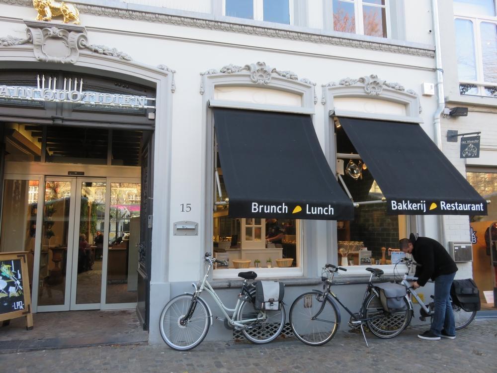 Le Pain Quotidien II, Bruges