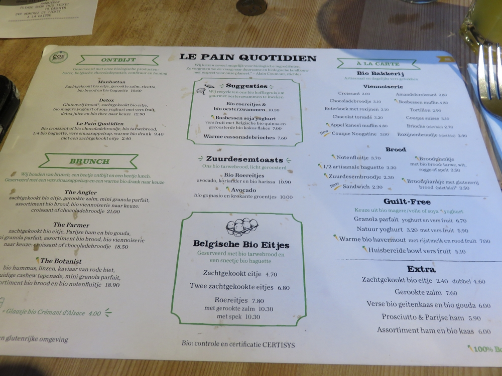 menu, vegan options indicated with carrot, Le Pain Quotidien, Bruges