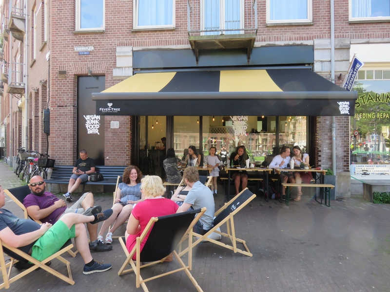 124 fancy a double burger vegan junk food bar amsterdam for Terrace bar and food