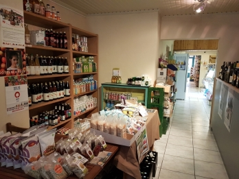 view of inside the shop, Vier de Seizoenen, Bruges